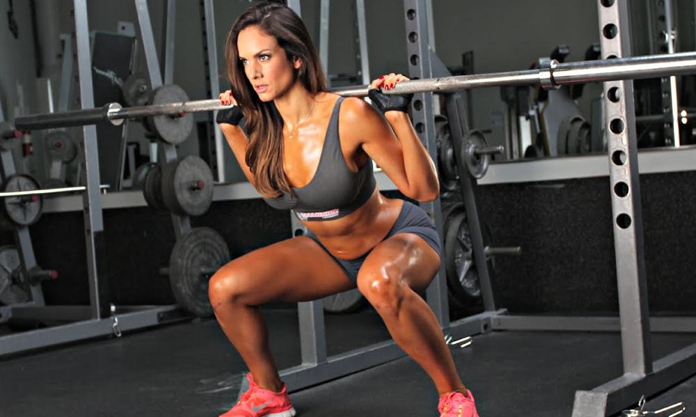 Sentadillas para bajar de peso en casa para mujeres