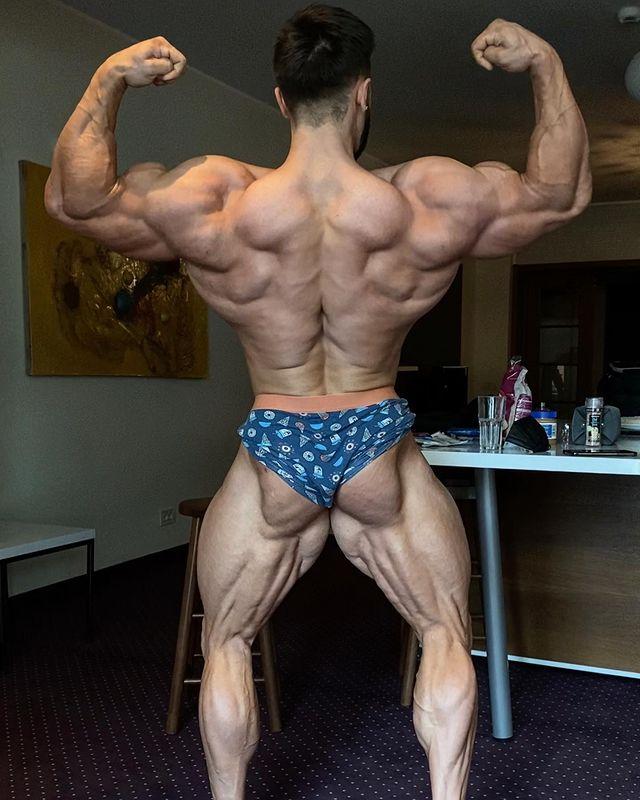 regan grimes espalda fitness